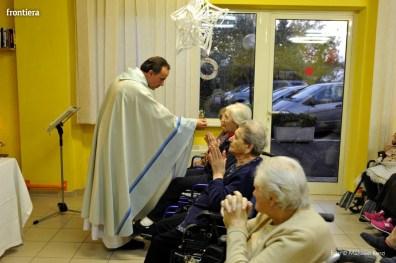 Visita-del-Vescovo-Domenico-Pompili-alla-RSA-di-S-Rufina-foto-Massimo-Renzi-05