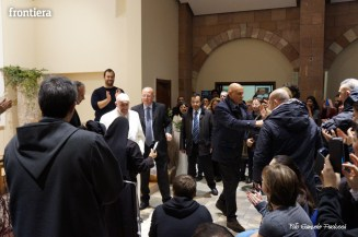 Papa-Francesco-a-Greccio-(4-gennaio-2015)-foto-Samuele-Paolucci-11