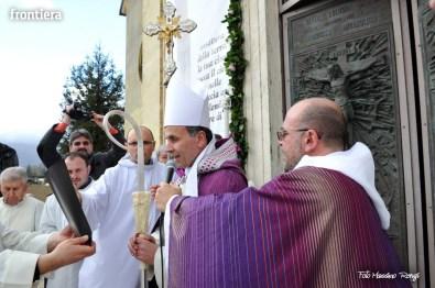 Apertura-Porta-Santa-Chiesa-Nuova-14-febbraio-2016-foto-Massimo-Renzi-25