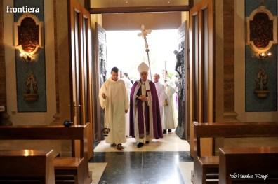 Apertura-Porta-Santa-Chiesa-Nuova-14-febbraio-2016-foto-Massimo-Renzi-39
