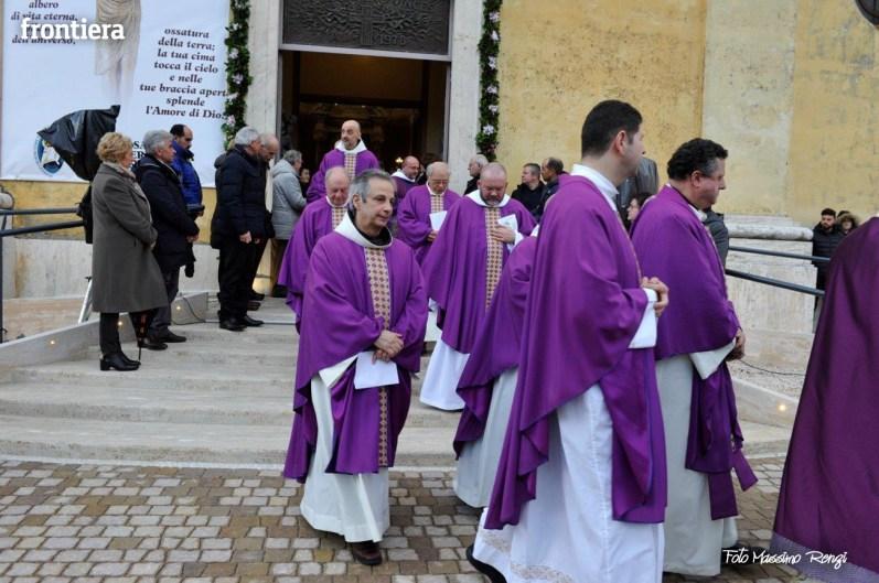 Apertura-Porta-Santa-Chiesa-Nuova-14-febbraio-2016-foto-Massimo-Renzi-75