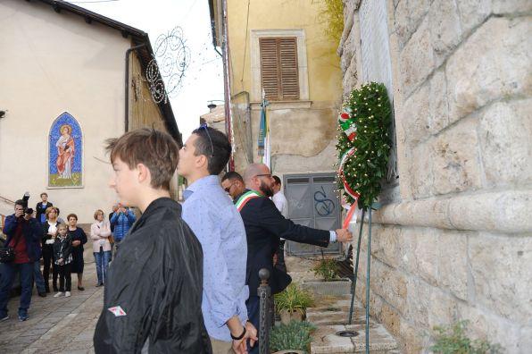 Deposizione-corone-ai-caduti-Santa-Rufina-foto-Daniela-Anghel-021