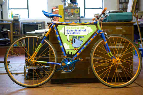 Pete Fowler's Tweeting Bike
