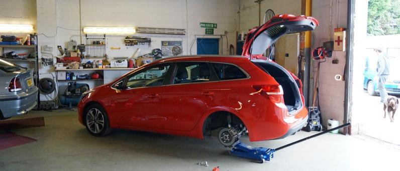 McKnight Auto Repair Services to the rescue!