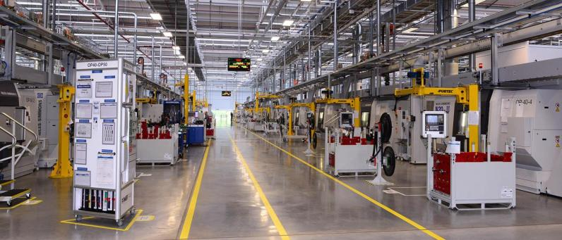 Jaguar Land Rover Engine Manufacturing Centre 2017 02