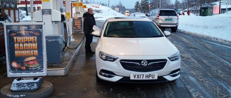 Vauxhall Insignia Grand Sport 2017 Norway Home 16