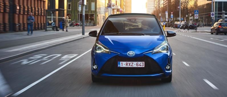 Toyota Yaris Hybrid 2017 05