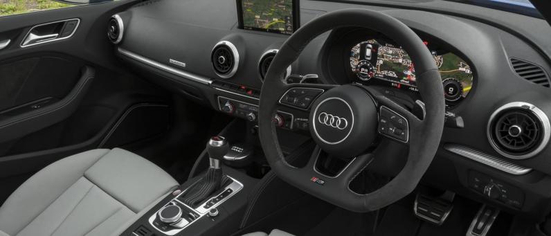 Audi RS 3 Sportback 2018 03