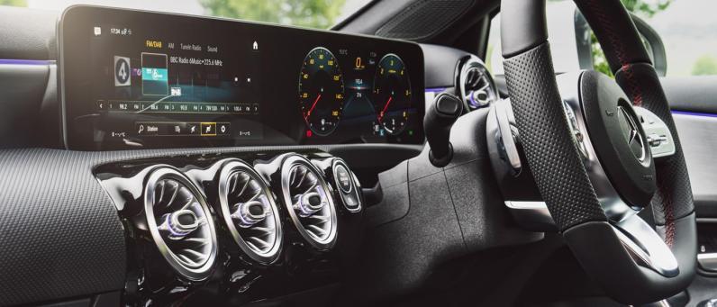 Mercedes A-Class A 200 AMG Line 2018 04
