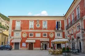 I Consiglieri di minoranza Gianluca Quadrini, Fabio Forte e Mauro Iafrate contestano alla maggioranza il dissesto finanziario del comune di Arpino.