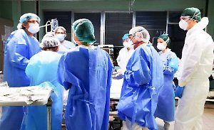 Covid, 18.916 nuovi contagi. In aumento ricoveri e terapie intensive.