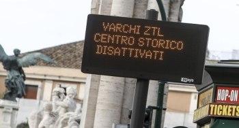 --VIABILITÀ. COMUNE ROMA: ZTL APERTE FINO AL 15 GENNAIO 2021.