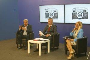 Ultima puntata di Luce Nuova sui fatti, tanti vip e il sindaco di Viterbo Arena rendono omaggio alla trasmissione.