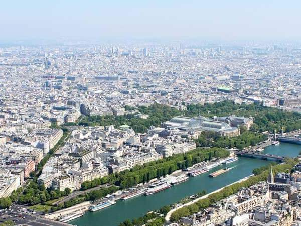 Luxury Hotels in Paris that boast excellent views, Michelin starred restaurants, spas + more.
