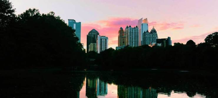 50 Things to Do in Atlanta: Tour the city to see gorgeous scenes like this! Find out more with my list of 50 things to do in Atlanta.