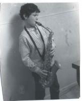 dave-doobie-aaron-playing-saxophone-frostclick