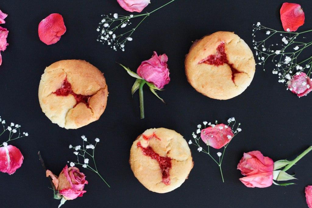 cupcake, heart cupcake, strawberry cupcake, valentines day dessert, valentines day, valentines day recipe, cupcake recipe
