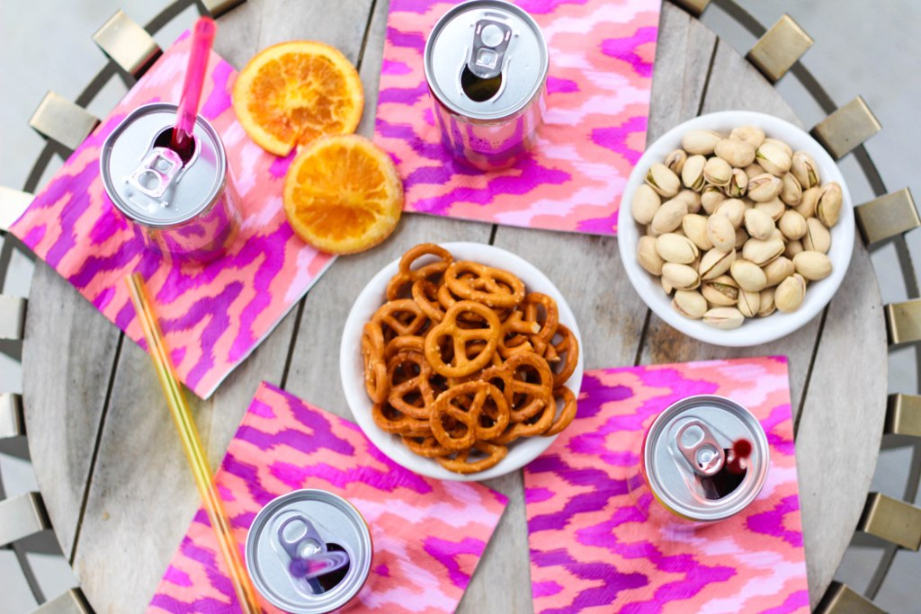 canned wine, seven daughters, seven daughters wine, moscato, pinot noir, tailgating, bbq, super bowl