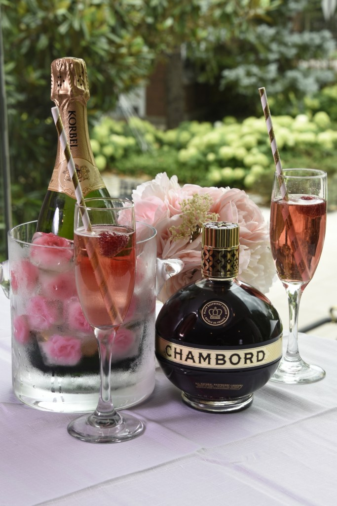 chambord, cocktail, recipe, royale