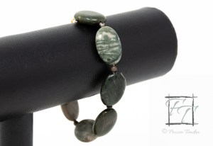 Summer Lake - green jasper and gold bracelet