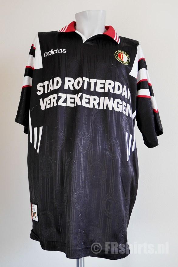 1996-1997 Uit