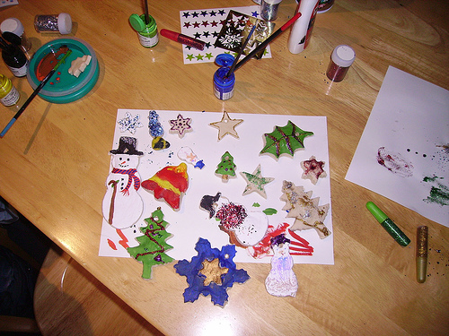 saltdough: frugal Christmas decorations