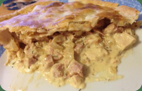 chicken-and-ham-pie-slice
