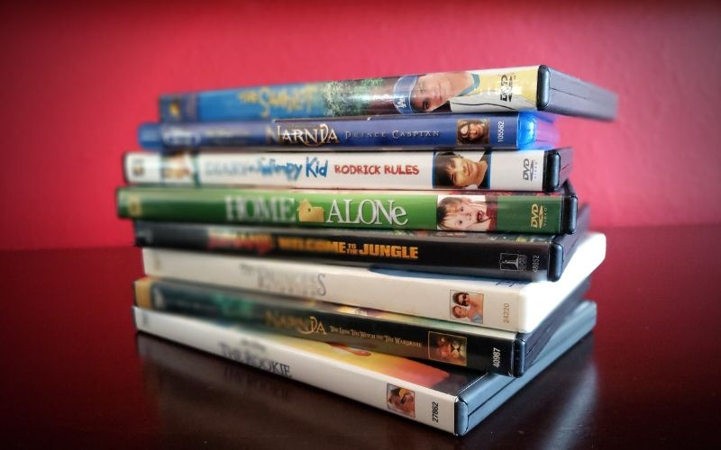 Ultimate Family Movie Night List | Frugal Fun Mom