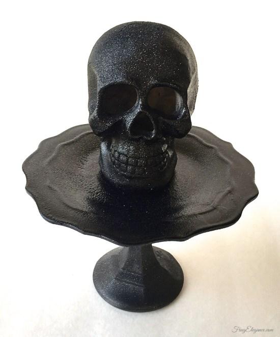 Halloween Light Up Skull | FrugElegance | www.frugelegance.com