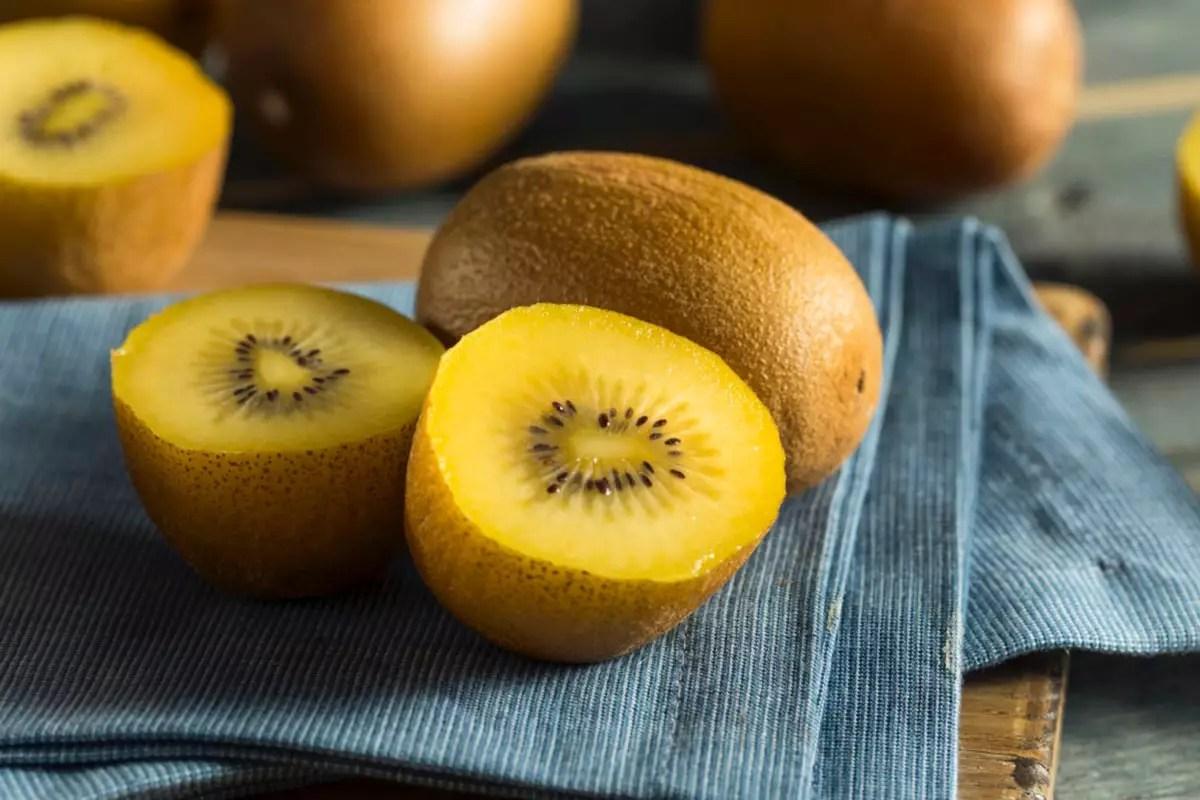 Kiwi-giallo-vintamia-C-copy-123RF
