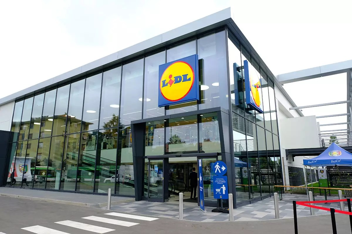 Lidl-Milano-viale-Forze-Armate
