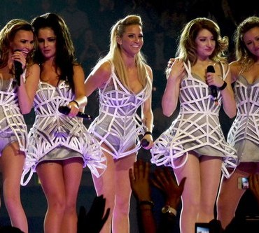 Girls Aloud make a fashion mistake