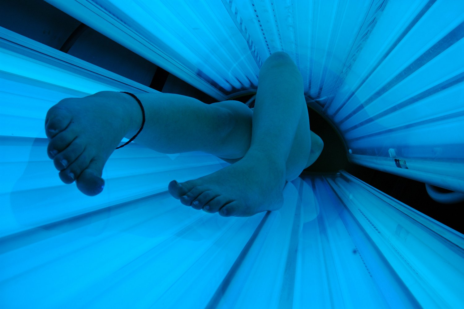 tanning bed in use