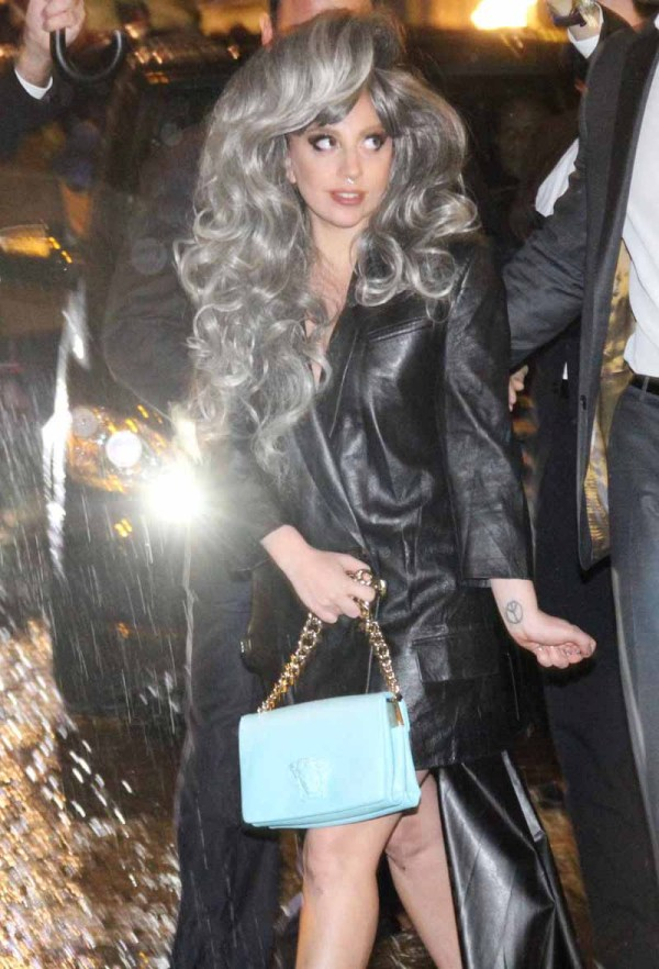 Lady Gaga greets fans outside the Park Hyatt hotel in Milan. Pictured: Lady Gaga  Ref: SPL880331  041114   Picture by: Antonella Foglia / Splash News Splash News and Pictures Los Angeles:310-821-2666 New York: 212-619-2666 London:    870-934-2666 photodesk@splashnews.com