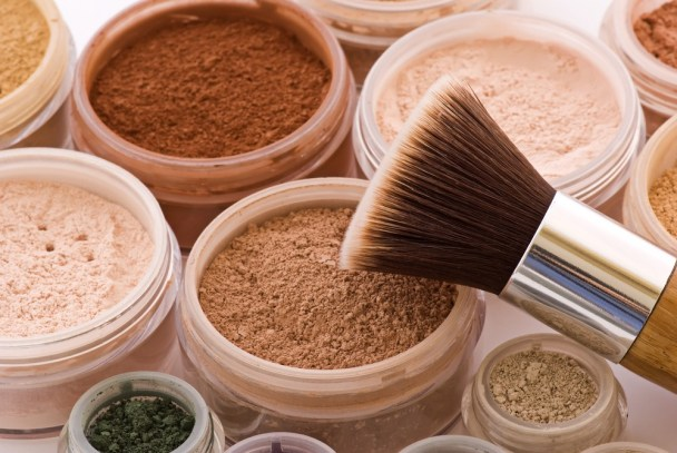 The-main-benefits-of-mineral-based-makeup