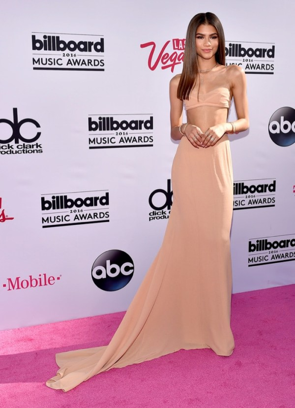 Zendaya-Calvin-Klein-Top-Skirt-2016-Billboard-Music-Awards