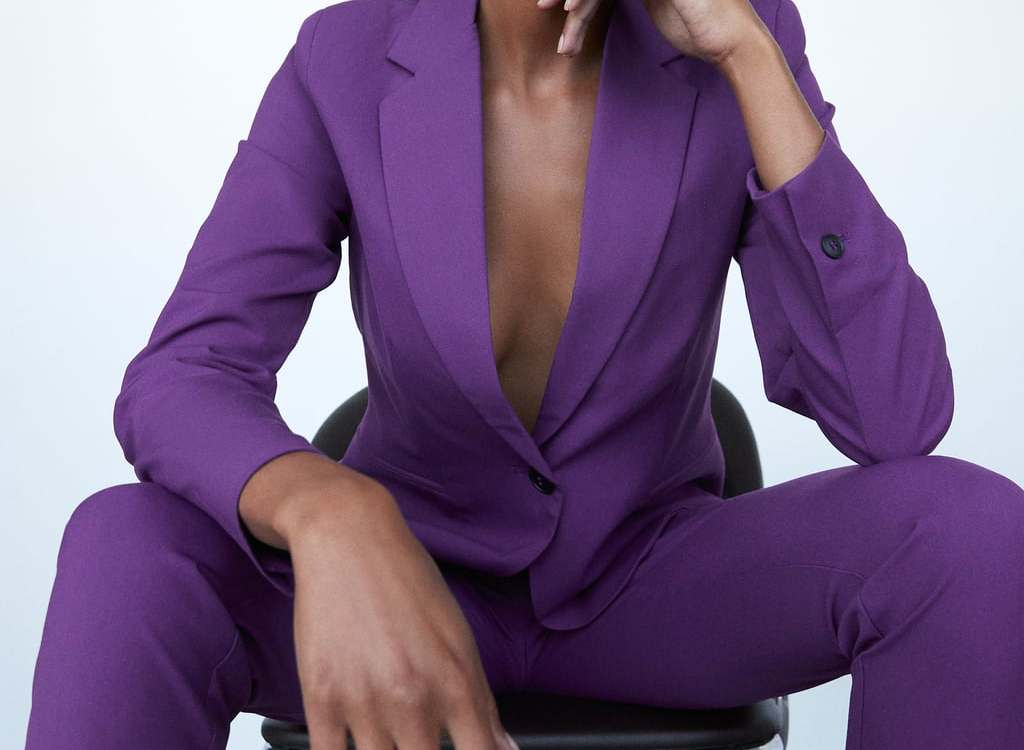 Alt: Zara purple suit