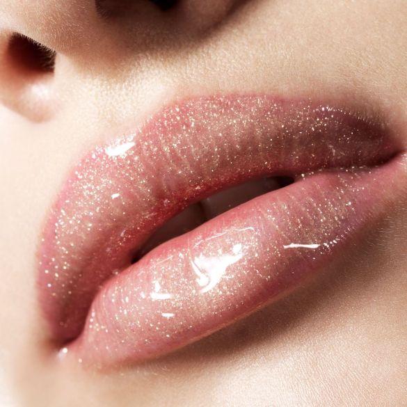 lips lipgloss glossy
