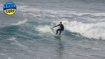 Hoy Sábado 29 de Diciembre de 2018 sigue el mar con poca fuerza, el viento es del Nordeste flojo y hay unos 12°C de temperatura. Rompen olas de alrededor de 0.5 m. de altura. Hay pocos surfers en el agua. https://www.frussurf.com #frussurf #diariodeldia #sopelana