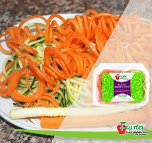 Zanahoria y zuquini en tiras