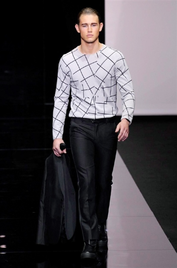 Emporio Armani SS15 Collection @ Milan Fashion Week: Men
