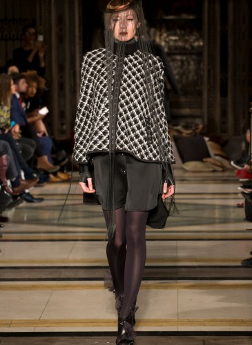 Ashley_Isham_AW15_300dpi_033