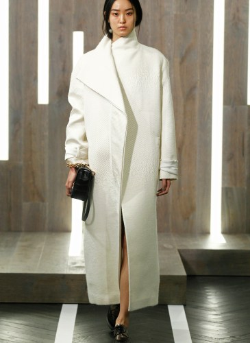 FW15 AMANDA WAKELEY LONDON FASHION WEEK