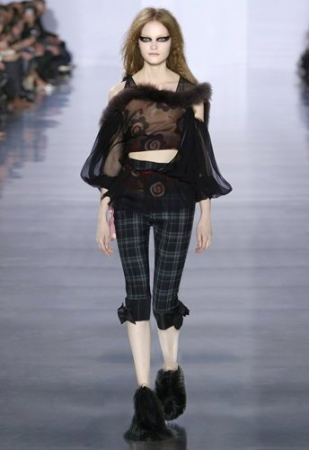 2015_aw_defile_looks_29_tumblr_w344_h516