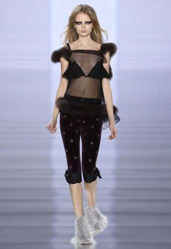 2015_aw_defile_looks_30_tumblr_w344_h516