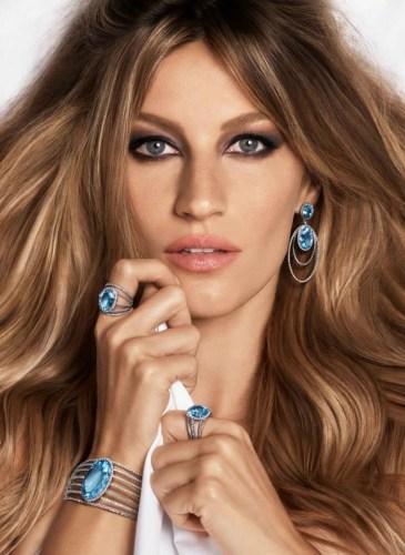 gisele-bundchen-bed-vivara-jewelry-2015-ads04