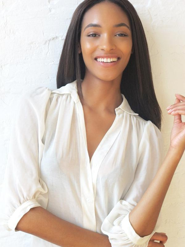 """It"" Girl Jourdan Dunn is the New Face for Maybelline New York"