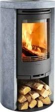 Conturas täljstenskamin  520T är den jag tittar närmast på. Tror att det är en lagom kompromiss mellan snabb uppvärmning och värmehållning.