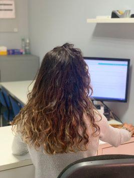 FSC rep una nova donació d'equips informàtics que ajudarà a reduir la bretxa digital a dones en situació de vulnerabilitat