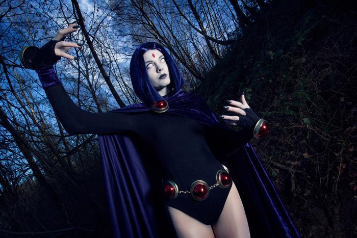 raven-cosplay-03